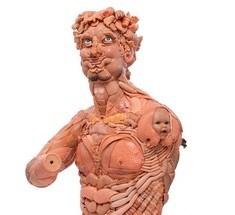 Креативная утилизация: скульптуры из игрушек от Фрейи Джоббинс