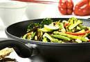 Как выбрать безопасную сковородку