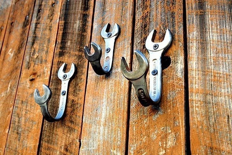 Крючки из ключей
