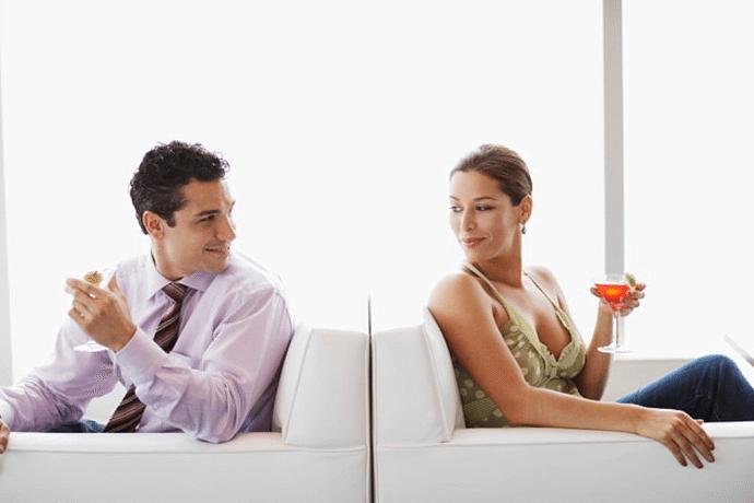 на что смотрят мужчины при знакомстве