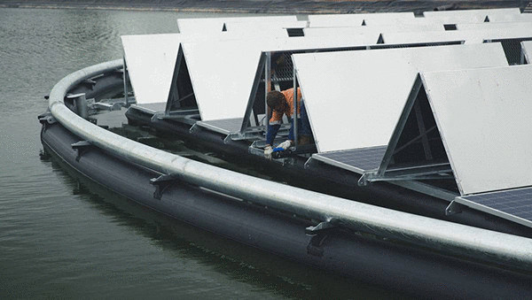 Австралия запускает свою первую плавучую электростанцию