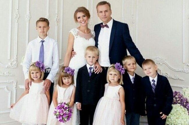 После сметри жены он в одиночку растил 6 детей. Только взгляните, как его отблагодарила судьба