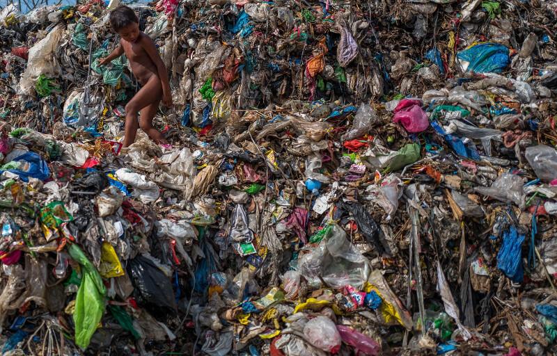 Водопроводная вода во всем мире загрязнена микропластиком